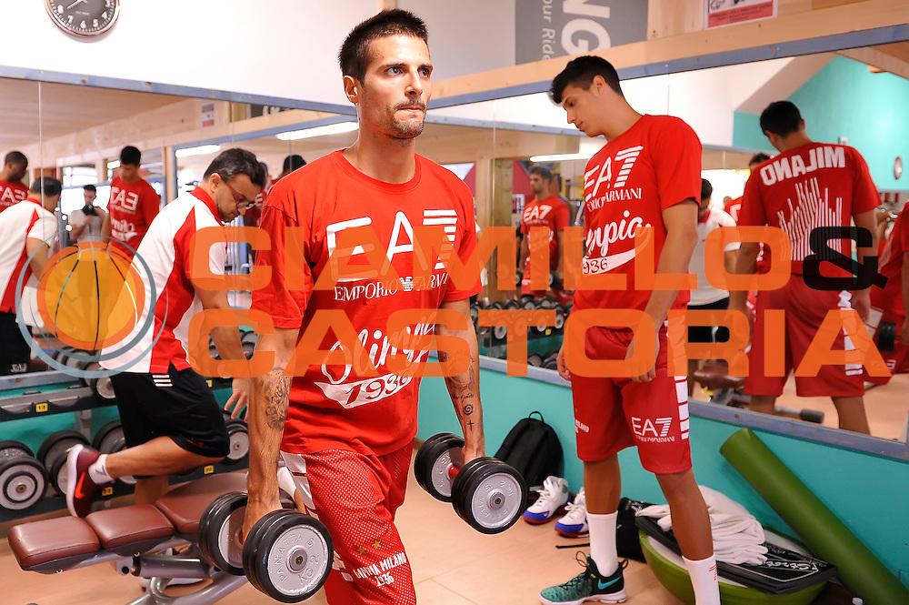 Andrea Cinciarini <br /> EA7 Emporio Armani Olimpia Milano allenamento pesi<br /> Lega Basket Serie A 2016/2017<br /> Bormio 26/08/2016<br /> Foto Ciamillo-Castoria