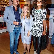 NLD/Hilversum20150825 - Najaarspresentatie RTL 2015, Dennis Wilt, weervrouw Nicolien Kroon en Amara Onwuka