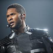 Usher, Scottrade Center, OMG Tour 2010