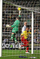Photo: Andrew Unwin.<br />Newcastle United v Watford. The Barclays Premiership. 16/12/2006.<br />Watford's goalkeeper, Richard Lee, keeps his team in the game.