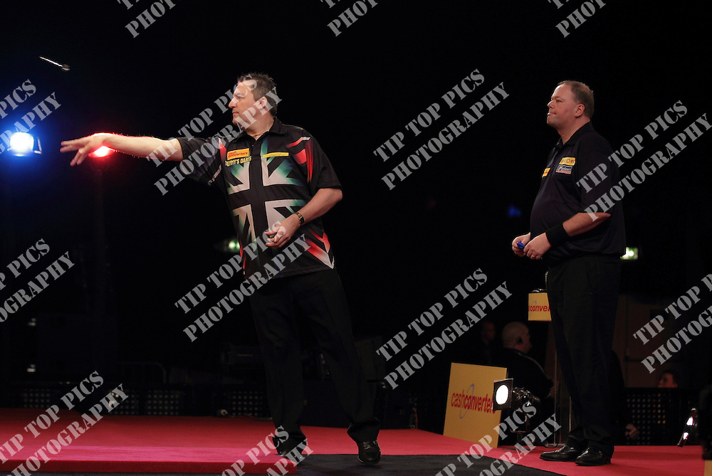 PDC PLAYERS CHAMPIONSHIP 2011,RONNIE BAXTER