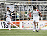 ITALY, Lecce :  L'espulsione di Buffon J.during the Serie A match between Lecce and Juventus at Stadio Via del Mare in Lecce on February 20, 2011. .AFP PHOTO / GIOVANNI MARINO