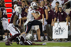 South Carolina tight end Hayden Hurst (81) runs for a first down after a catch against Texas A&M during the second quarter of an NCAA college football game Saturday, Sept. 30, 2017, in College Station, Texas. (AP Photo/Sam Craft)