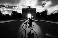 France. Paris. Caroussel du Louvre arch in the Tuilerie Garden / arc de triomphe du Caroussel dans le jardin du Louvre