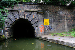 UK ENGLAND LONDON 12AUG07 - Entrance to Islington Tunnel on the Regency Canal, viewed from the bow of a canal boat...jre/Photo by Jiri Rezac..© Jiri Rezac 2007..Contact: +44 (0) 7050 110 417.Mobile:  +44 (0) 7801 337 683.Office:  +44 (0) 20 8968 9635..Email:   jiri@jirirezac.com.Web:    www.jirirezac.com..© All images Jiri Rezac 2007 - All rights reserved.