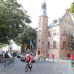 29-09-2016: Wielrennen: Olympia Tour: Elten <br />ELTEN (DLD) wielrennen <br />Een individuele tijdrit met start in Kasteel  's Heerenberg en finish op de Elterberg. Het stadhuis van 's Heerenberg