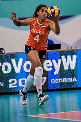 01-10-2017 AZE: Final CEV European Volleyball Nederland - Servie, Baku<br /> Nederland verliest opnieuw de finale op een EK. Servi&euml; was met 3-1 te sterk / Celeste Plak #4 of Netherlands