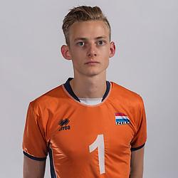 07-06-2016 NED: Jeugd Oranje jongens <1999, Arnhem<br /> Photoshoot met de jongens uit jeugd Oranje die na 1 januari 1999 geboren zijn /Job Faber SV