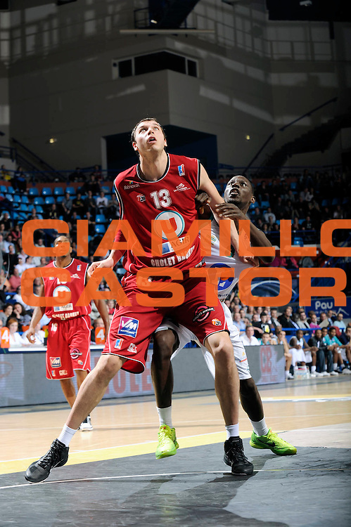 DESCRIZIONE : Championnat de France Basket Ligue Pro A  Semaine des As Pau<br /> GIOCATORE : Duport Romain <br /> SQUADRA : Cholet<br /> EVENTO : Ligue Pro A  2010-2011<br /> GARA : Pau Cholet<br /> DATA : 10/02/2011<br /> CATEGORIA : Basketbal France Ligue Pro A<br /> SPORT : Basketball<br /> AUTORE : JF Molliere par Agenzia Ciamillo-Castoria <br /> Galleria : France Basket 2010-2011 Action<br /> Fotonotizia : Championnat de France Basket Ligue Pro A Semaine des As Quart Finale Pau