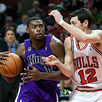 21 December 2009: Sacramento Kings guard Tyreke Evans drives past Chicago Bulls guard Kirk Hinrich during the Sacramento Kings 102-98 victory over the Chicago Bulls at the United Center, in Chicago, Illinois, USA.