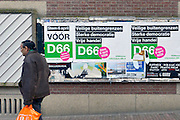 Nederland, the netherlands, Nijmegen, 9-3-2016Affiches van D66 met het advies, de oproep, om JA te stemmen  bij het oekraine-referendum. Het gaat om een handelsverdrag met de eu.political party D66 advises the voters to vote YES at the referendum on the treaty with the Ukraine.FOTO: FLIP FRANSSEN/ HH