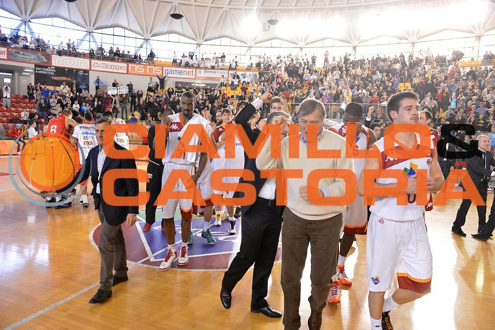 DESCRIZIONE : Roma Lega A 2012-13 Acea Virtus Roma Cimberio Varese<br /> GIOCATORE : Gianfranco Tobia<br /> CATEGORIA : esultanza <br /> SQUADRA : Acea Virtus Roma<br /> EVENTO : Campionato Lega A 2012-2013 <br /> GARA : Acea Virtus Roma Cimberio Varese<br /> DATA : 02/12/2012<br /> SPORT : Pallacanestro <br /> AUTORE : Agenzia Ciamillo-Castoria/GiulioCiamillo<br /> Galleria : Lega Basket A 2012-2013  <br /> Fotonotizia : Roma Lega A 2012-13 Acea Virtus Roma Cimberio Varese<br /> Predefinita :