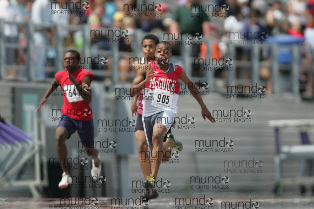 (London, Ontario}---04 June 2010) Andre Azonwanna-Ford of J. Cardinal McGuigan - Toronto competing in the final of the 100 meters at the 2010 OFSAA Ontario High School Track and Field Championships in London, Ontario, June 04, 2010 . Photograph copyright Sean Burges / Mundo Sport Images, 2010.