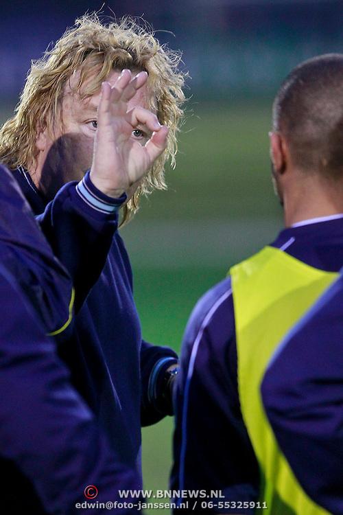 NLD/Huizen/20110405 - Ton Ojers, nieuwe trainer van SV Huizen
