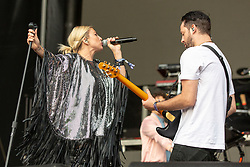May 25, 2018 - Napa, California, U.S - SARAH BARTHEL and JOSH CARTER of Phantogram during BottleRock Music Festival at Napa Valley Expo in Napa, California (Credit Image: © Daniel DeSlover via ZUMA Wire)