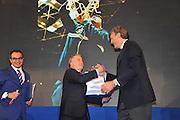 DESCRIZIONE : Monza Vila Reale Italia Basket Hall of Fame<br /> GIOCATORE :  Alessandro Galeani Dino Meneghin<br /> SQUADRA : FIP Federazione Italiana Pallacanestro EVENTO : Italia Basket Hall of Fame<br /> GARA : <br /> DATA : 29/06/2010<br /> CATEGORIA : Premiazione<br /> SPORT : Pallacanestro <br /> AUTORE : Agenzia Ciamillo-Castoria/M.Gregolin