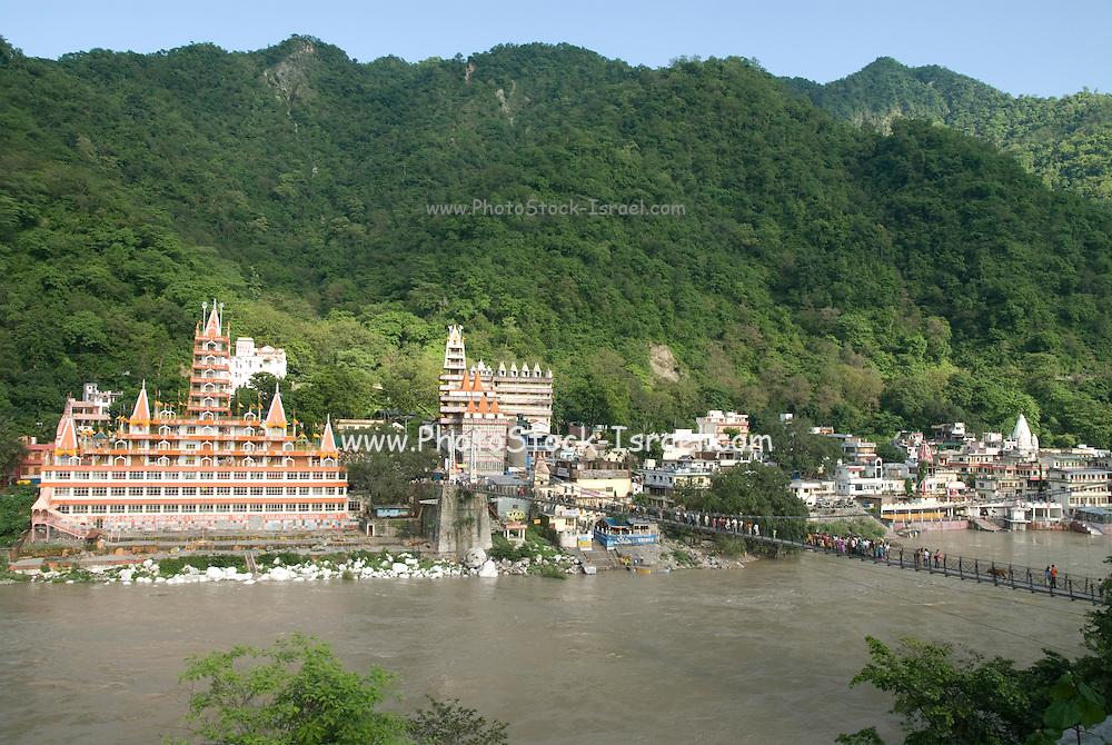 India, Uttarakhand, Rishikesh, Ram Jhula Bridge across the Ganges,