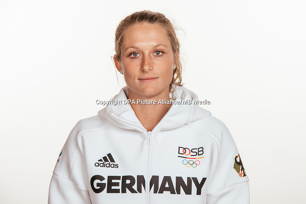 Céline Pieper poses at a photocall during the preparations for the Olympic Games in Rio at the Emmich Cambrai Barracks in Hanover, Germany, taken on 15/07/16 | usage worldwide