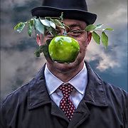 Cosplay as surrealist artist Ren&eacute; Magritte's painting &quot;Son of Man&quot; on Halloween.<br />