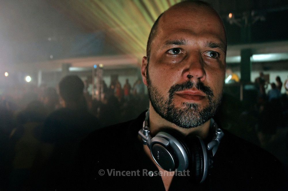 DJ Daniel Haaksman at the Boqueirão club, a famous baile funk in the centre of Rio de Janeiro. Owner of Man Recordings, Haaksman is the main publisher of Baile Funk music outside Brazil, promoting international exchanges & remixes with DJ's from all over the world.