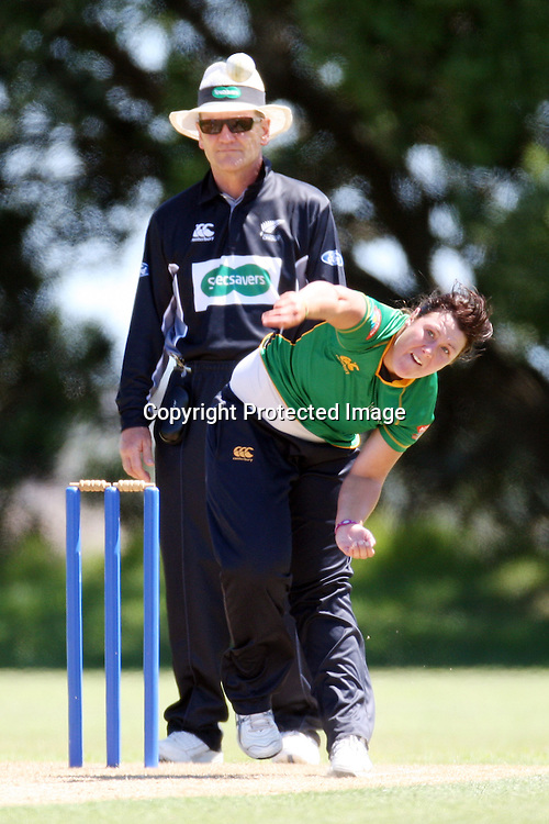 Jessie Bennet. Women's One Day Cricket, Action Cricket Cup, Auckland Hearts v Central Hinds, Melville Park, Auckland, Saturday 8 January 2011, . Photo: Ella Brockelsby/photosport.co.nz