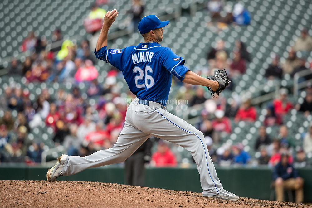 MINNEAPOLIS, MN- APRIL 5: Mike Minor #26 of the Kansas City Royals pitches against the Minnesota Twins on April 5, 2017 at Target Field in Minneapolis, Minnesota. The Twins defeated the Royals 9-1. (Photo by Brace Hemmelgarn) *** Local Caption *** Mike Minor