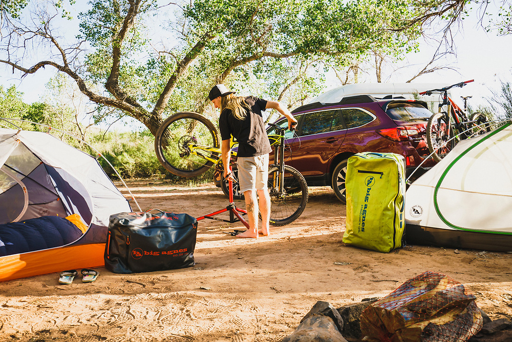 Virgin camp, Jeremy Hottinger wrenching in the desert, Utah.