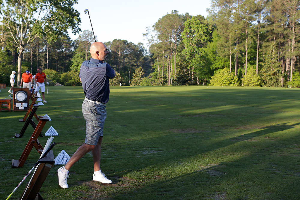 Jon Barry warms up prior to the Chick-fil-A Peach Bowl Challenge at the Oconee Golf Course at Reynolds Plantation, Sunday, May 1, 2018, in Greensboro, Georgia. (Marvin Gentry via Abell Images for Chick-fil-A Peach Bowl Challenge)