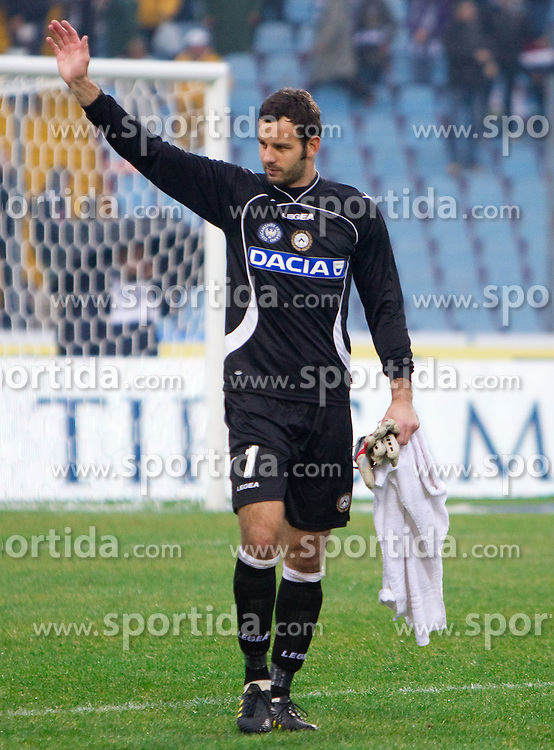 Samir Handanovic of Udinese celebrates after football match between Udinese Calcio and Palermo in 8th Round of Italian Seria A league, on October 24, 2010 at Stadium Friuli, Udine, Italy.  Udinese defeated Palermo 2 - 1. (Photo By Vid Ponikvar / Sportida.com)
