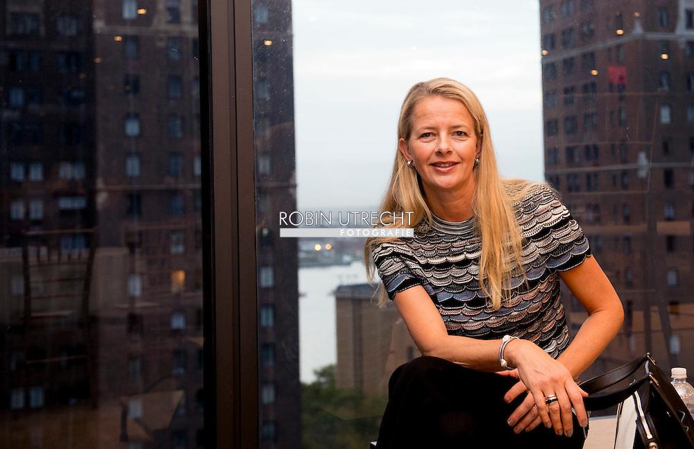 NEW YORK - Princess mabel in New York copyright robin utrecht