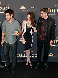 Taylor Lautner (L) Robert Pattinson (R), and actress Kristen Stewart (C) attend the Twilight II photocall,  Villa Magna Hotel, Madrid, Spain, November 15, 2012.  Photo by Belen Diaz / Eduardo Dieguez / DyD FOtografos / i-Images...SPAIN OUT
