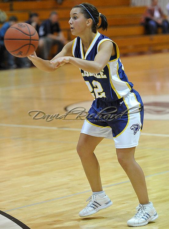 Mapleton vs. HIllsdale girls varsity basketball on February 24, 2011.