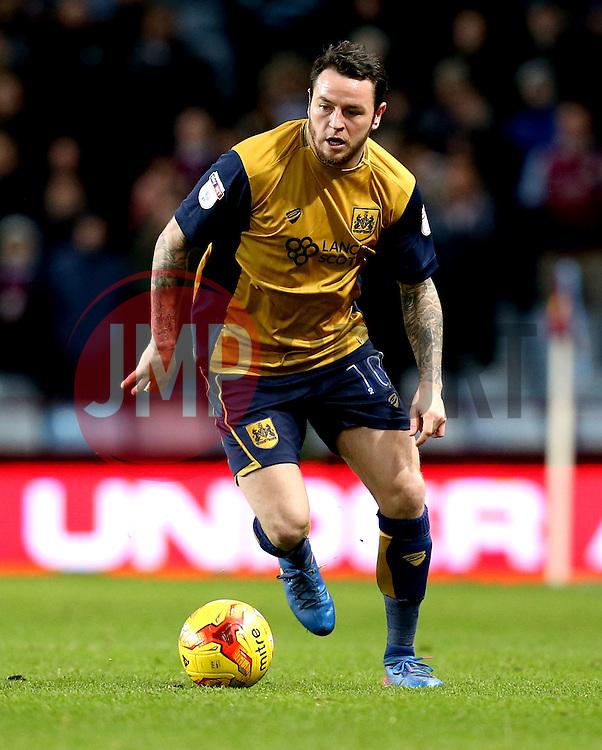 Lee Tomlin of Bristol City - Mandatory by-line: Robbie Stephenson/JMP - 28/02/2017 - FOOTBALL - Villa Park - Birmingham, England - Aston Villa v Bristol City - Sky Bet Championship