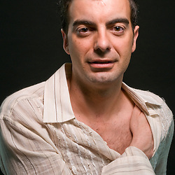 Raül is an actor, dancer and film producer. To find out more about Raül and his production company visit: http://www.altarealitat.com/