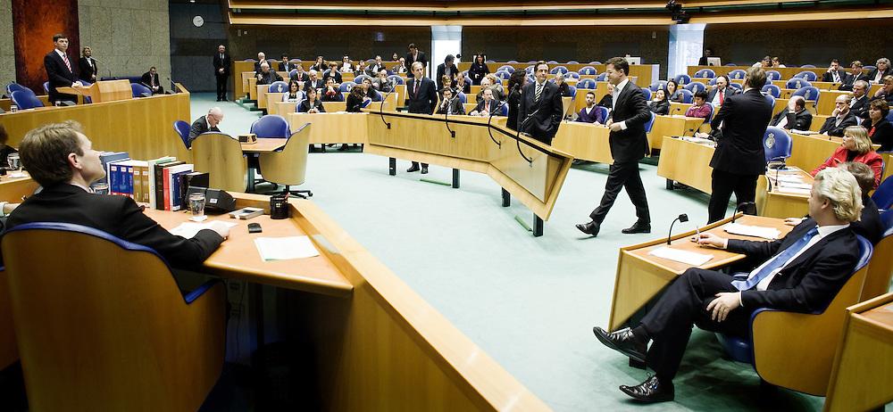 Nederland. Den Haag, 27 januari 2009.<br /> VVD-fractievoorzitter Mark Rutte tijdens het vragenuurtje met minister-president Jan Peter Balkenende over de strafvervolging van PVV-leider Geert Wilders. <br /> Foto Martijn Beekman<br /> NIET VOOR PUBLIKATIE IN LANDELIJKE DAGBLADEN.