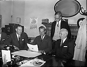 Irish Flour Milling Association, U.S. Grain Trade team visits the I.F.M.A..1961..02.10.1961..10.02.1961..2nd October 1961..Image is of officials from the Irish and American Flour Millers Associations who met at The Irish Flour Millers Association offices in Nassau Street ,Dublin.