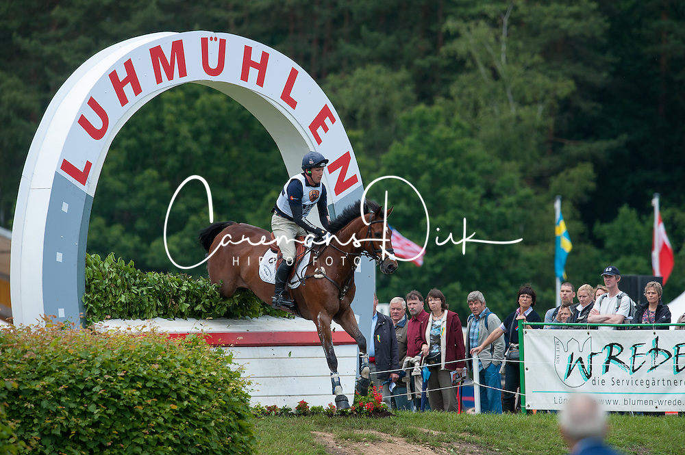 Oliver Townend (GBR)  - ODT Sonas Rovatio <br /> Cross Country - CCI4* Luhm&uuml;hlen 2012<br /> &copy; Hippo Foto - Jon Stroud
