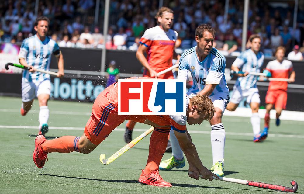 BREDA - Floris Wortelboer (Ned)    tijdens de wedstrijd om brons tussen Nederland en Argentinie bij de Hockey Champions Trophy.  COPYRIGHT KOEN SUYK