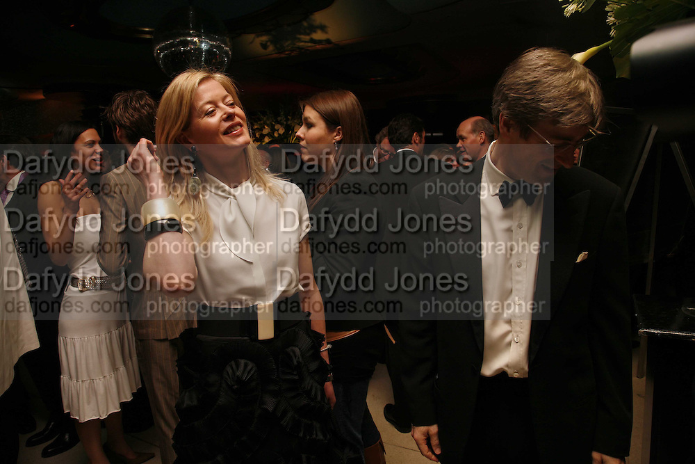 Lady Helen Taylor and Timothy Taylor.  Royal Court Theatre 50th Anniversary Gala sponsored by Vanity Fair. Titanic. Brewer St. London. 26 April 2006. ONE TIME USE ONLY - DO NOT ARCHIVE  © Copyright Photograph by Dafydd Jones 66 Stockwell Park Rd. London SW9 0DA Tel 020 7733 0108 www.dafjones.com