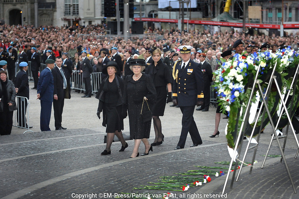 Dodenherdenking 2009 op de Dam in Amsterdam / commemoration of the dead 2009 in Amsterdam<br />