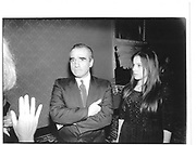 Martin Scorsese and his daughter. Sleepless in Seattle, Plaza. June 21st 1993© Copyright Photograph by Dafydd Jones 66 Stockwell Park Rd. London SW9 0DA Tel 020 7733 0108 www.dafjones.com