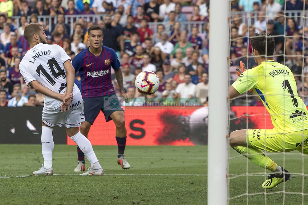 صور مباراة : برشلونة - هويسكا 8-2 ( 02-09-2018 )  20180902-zaa-n230-465