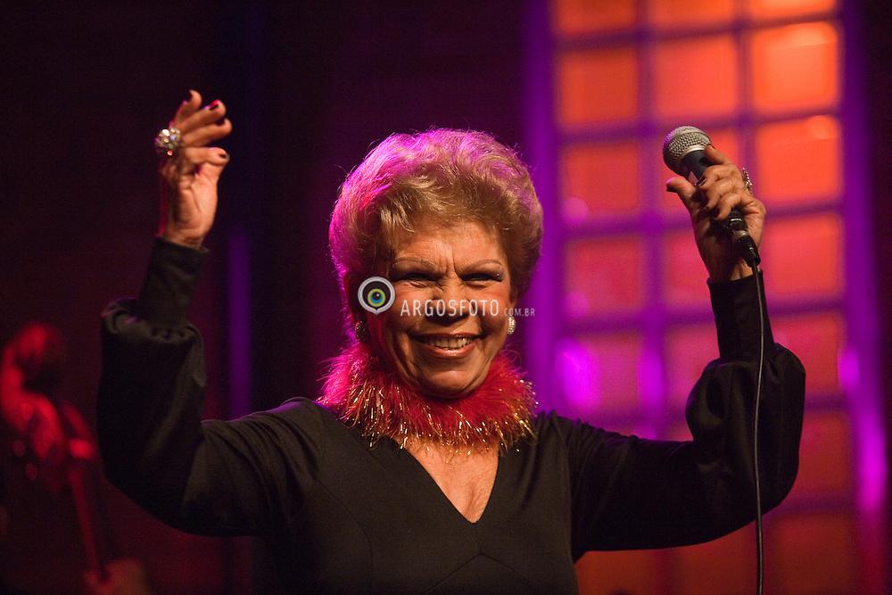 I Premio Divas da Musica Brasileira  - Show da cantora Ademilde Fonseca considerada a Rainha do Choro do Brasil./Ademilde Fonseca, singer, considered the Queen of Choro in Brazil.