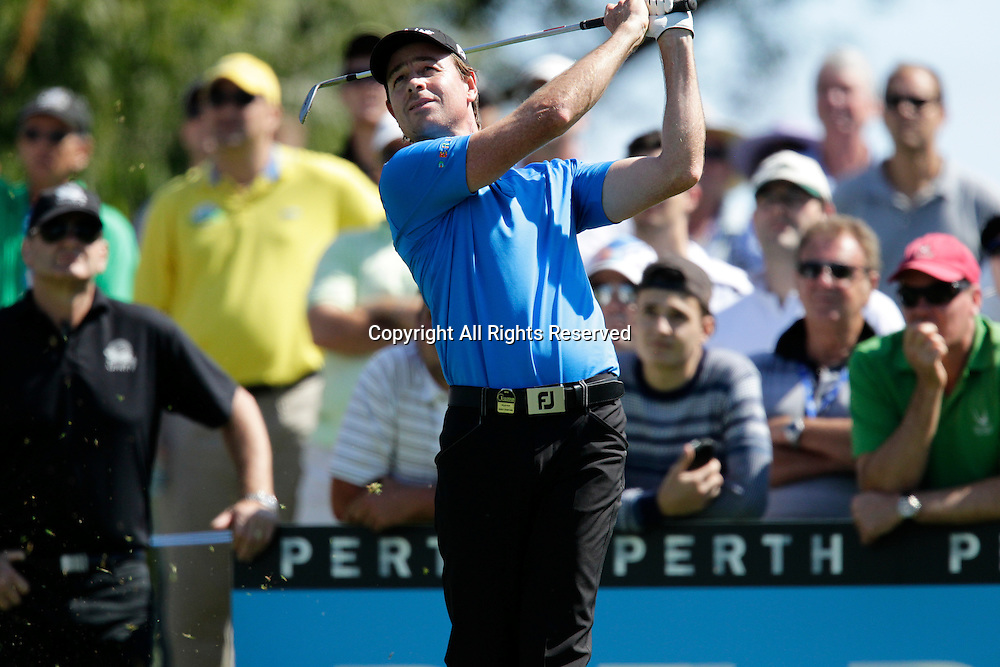 18.10.2013 Perth, Australia. Brett Rumford (AUS) drives from the 12th tee during day 2 of the ISPS Handa Perth International Golf Championship from the Lake Karrinyup Country Club.