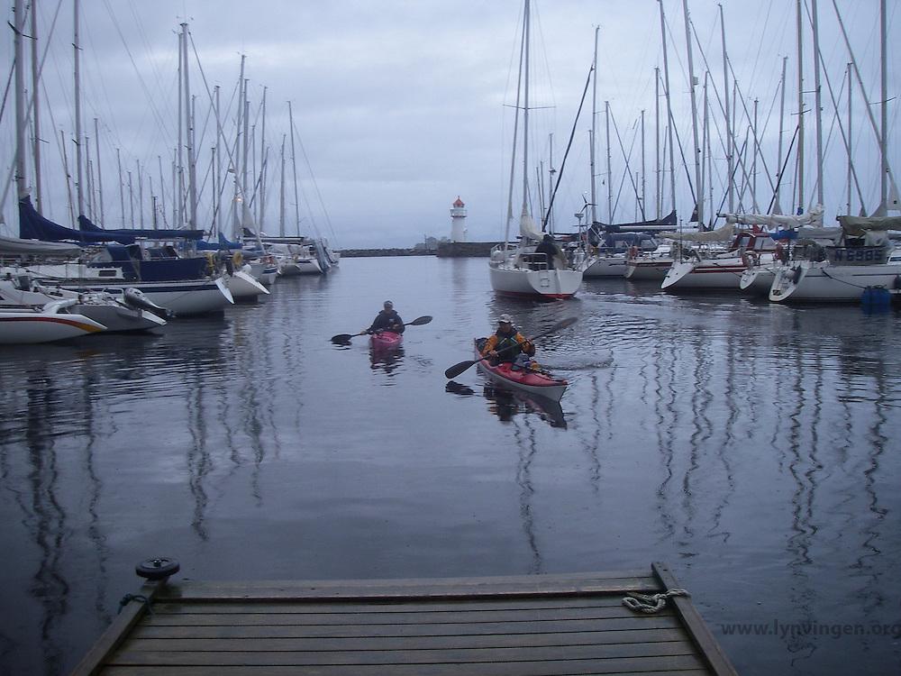 Kayakers in Trondheim - kajakkpadlere i Trondheim