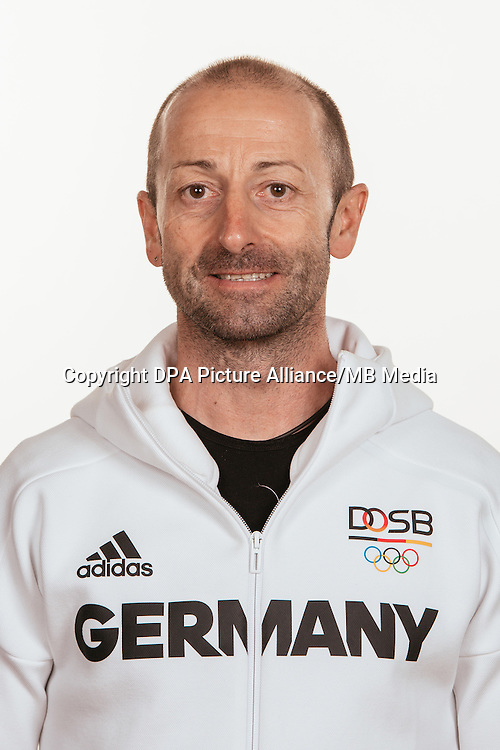 Guido Scheeren poses at a photocall during the preparations for the Olympic Games in Rio at the Emmich Cambrai Barracks in Hanover, Germany, taken on 19/07/16 | usage worldwide
