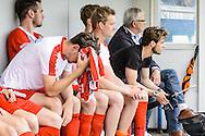 29-05-2016: Voetbal: Elinkwijk v De Zouaven: Utrecht<br /> <br /> Teleurstelling bij de bank van De Zouaven<br /> <br /> Promotie degradatieduel, Seizoen 2015-2016<br /> <br /> De Zouaven verliest het duel met 3-0 en degradeerd hierdoor voor de tweede maal op rij naar de 2e klasse.<br /> <br /> Foto: Gertjan Kooij