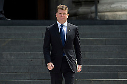 © Licensed to London News Pictures. 07/07/2015. London, UK. US Ambassador to the UK, MATTHEW BARZUN leaving the service. . A church service held at St Paul's Cathedral In London on the 10th anniversary of the 7/7 bombings in London which killed 52 civilians and injured over 700 more.  Photo credit: Ben Cawthra/LNP