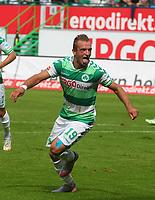 BILDET INNGÅR IKKE I FASTAVTALER OG ALL NEDLASTING BLIR FAKTURERT<br /> <br /> Fotball<br /> Tyskland<br /> Foto: imago/Digitalsport<br /> NORWAY ONLY<br /> <br /> 13.09.2015 - Fussball - Saison 2015 2016 - 2. Fussball - Bundesliga - 06. Spieltag: SpVgg Greuther Fürth Fuerth - 1. FC Nürnberg Nuernberg FCN - / JüRa - Jubel Freude nach Tor zum 1:1 - Veton Berisha (19, SpVgg Greuther Fürth )