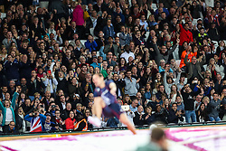London, August 08 2017 . The crowd reacts with a huge roar as Axel Chapelle, France, clears a vault in the men's pole-vault final on day five of the IAAF London 2017 world Championships at the London Stadium. © Paul Davey.